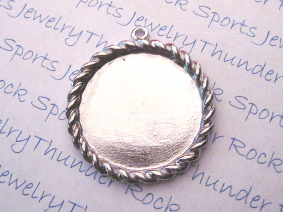3 Antique Silver Round Pendant Blanks with 28mm Bezel